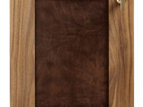 el walnut-leather door